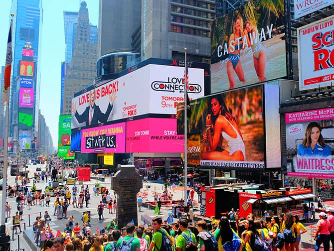 Times Square i New York - Folkmassor