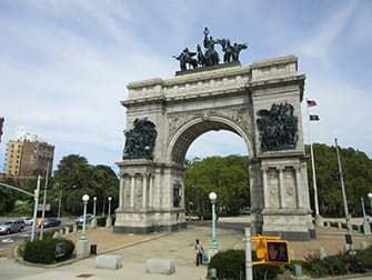 Brooklyn i NYC - Grand Army Plaza