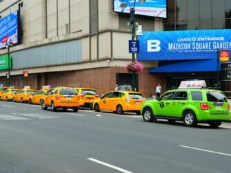 Taxi i New York - Gröna och gula taxibilar