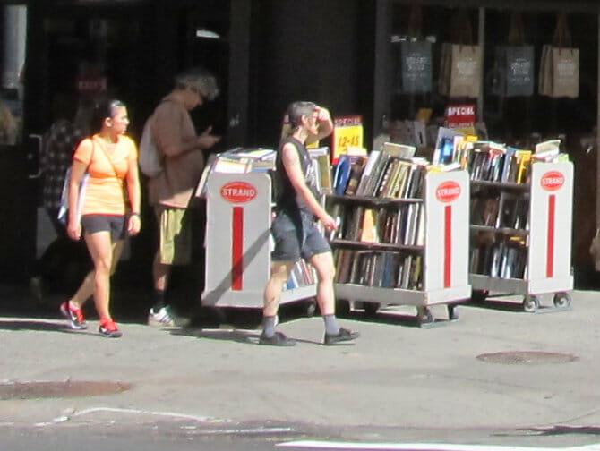 Strandbokhandel i New York - Böcker