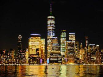 Freedom Tower : One World Trade Center - Kväll