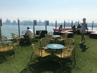 Gay Bars i New York - Le Bain takterrass