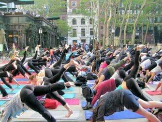 Yoga Classes i NYC - Yogi