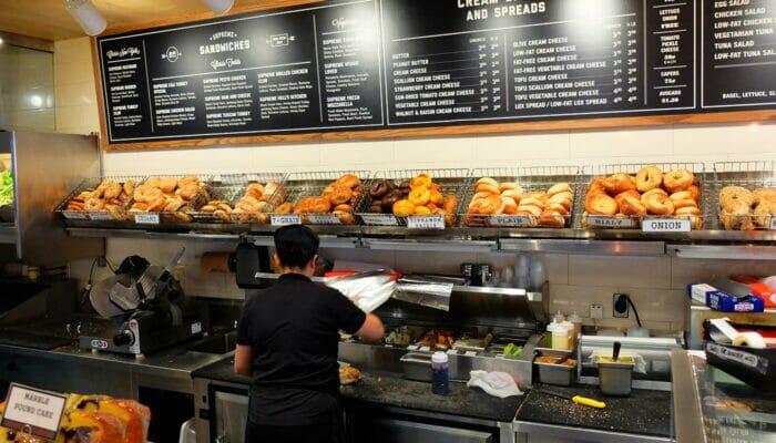 Bästa ställena för bagel och kaffe i New York - Pick A Bagel