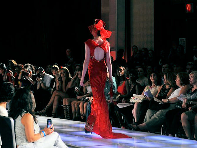 Couture Fashion Week i NYC - Andres Aquino