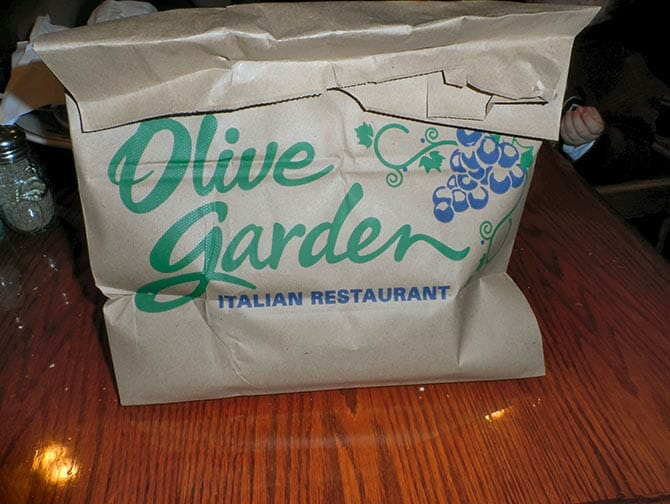 Doggy Bag in New York Olive Garden