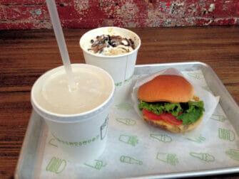 Shake Shack i NYC - Hamburgare och milkshake