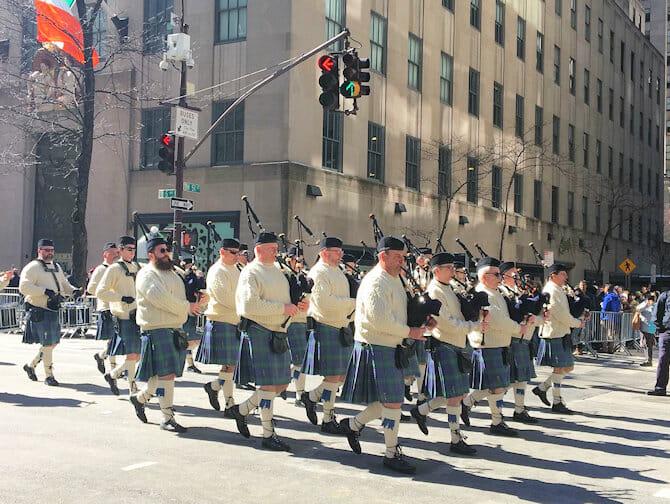 St Patricks Day i NYC - Gröna kläder