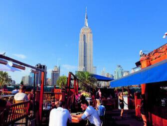 Basta takbarer i New York - 230 Fifth dagtid