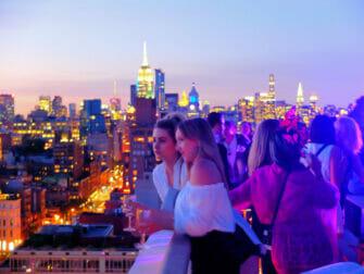 Bästa takbarer i New York - The Roof solnedgång