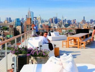 Bästa takbarer i New York - The Roof i PUBLIC