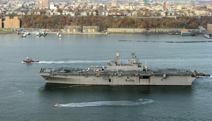 Fleet Week i NYC - Krigsskepp
