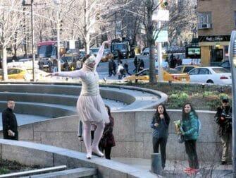 The Ride i NYC - Dansare