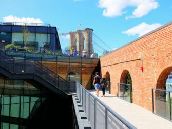 Brooklyn Bridge Park i New York - Taket på Empire butikerna