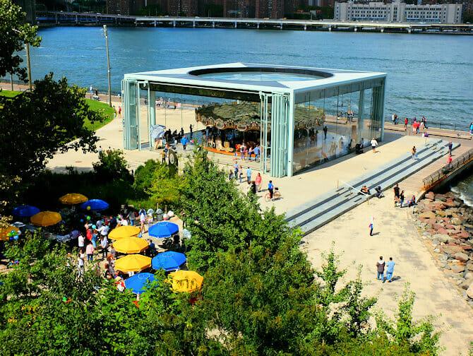 Brooklyn Bridge Park i New York - Jane's Carousel