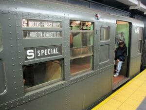 Antika tunnelbanevagnar i New York