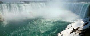 New York till Niagarafallen med privatflyg