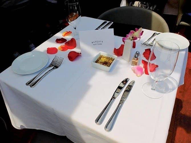 Lunchkryssning ombord på Bateaux i New York - Romantisk lunch