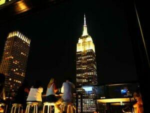 Guidad rundtur bland rooftop barer i New York
