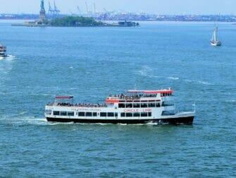 New York CityPASS vs New York Pass Circle Line New York