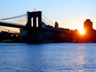 South Street Seaport i New York - Brooklynbron