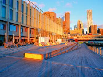 South Street Seaport i New York - Soluppgång