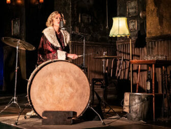 Biljetter till The Girl from the North Country på Broadway - Trummor