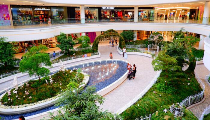 American Dream Mall nära New York - Inneträdgård