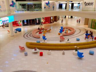 American Dream Mall nära New York - Butiker