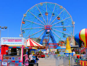 Deno's Wonder Wheel Amusement Park på Coney Island - Pariserhjul